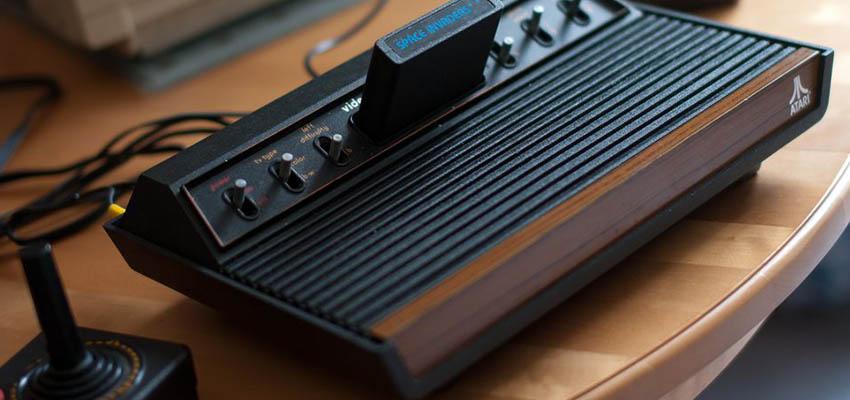 Atari early console game